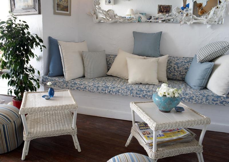 Стиль Provence - стиль французского провинциального дома.  Общие черты стиля прованс: интерьерам прованса свойственна...