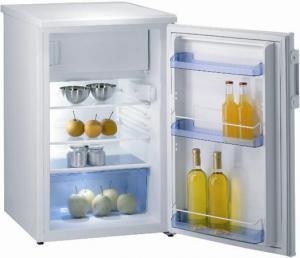 Однокамерный холодильник с морозильным отделением