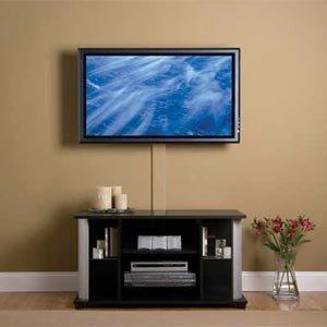 Телевизор на стене провода и кабели