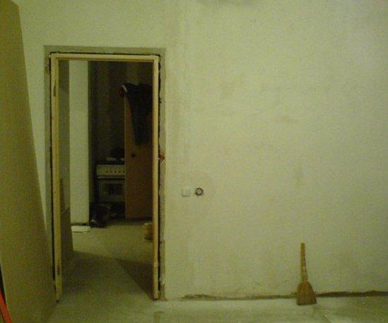 Дверной проем со старой коробкой