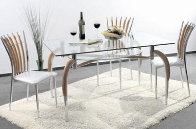 Стеклянный обеденный стол с подстольем