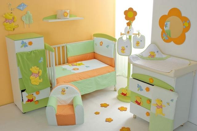Оранжевая детская для малышей