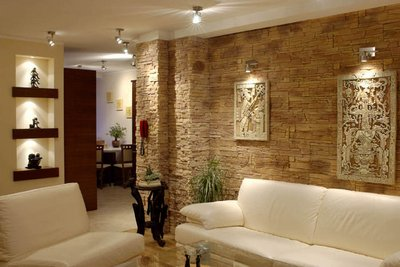 облицовка стены камнем