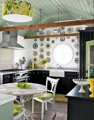 круглое окно в кухне