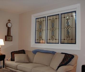 ложные витражные окна в интерьере