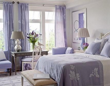 Лавандовый цвет в интерьере спальни в