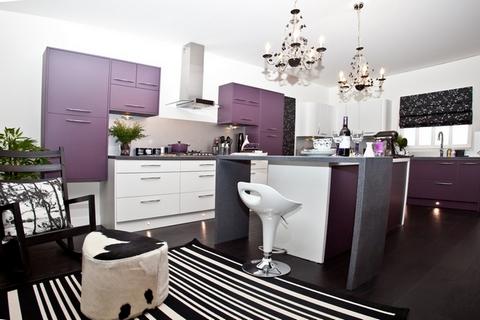 фиолетовые фасады кухни