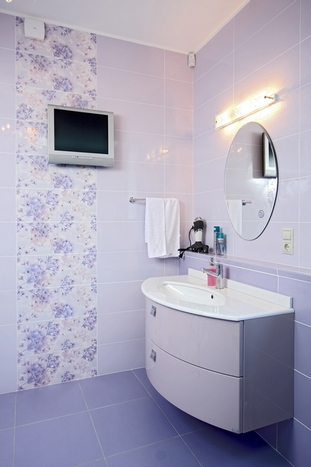 сиреневая ванная