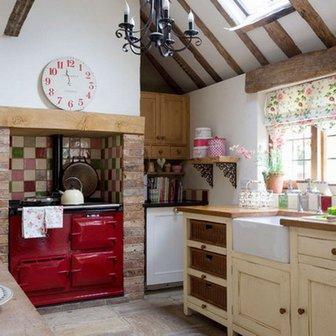 часы в кухне в стиле кантри