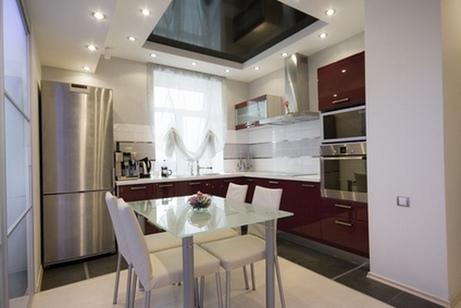 стеклянный стол на кухне в стиле хай-тек