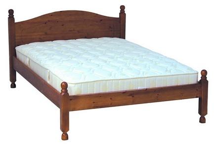 деревянная кровать