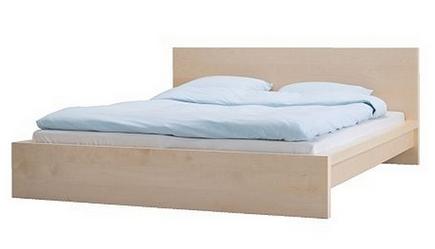 кровать со спинками-опорами