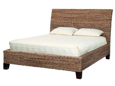 кровать с плетеным каркасом