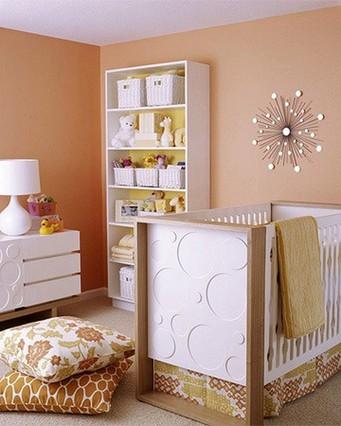 персиковый интерьер детской