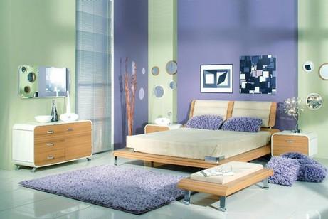зеленый и фиолетовый цвет в спальне