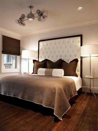 торшеры в спальне возле кровати