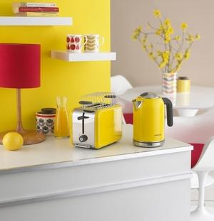 желтый и красный цвета на кухне