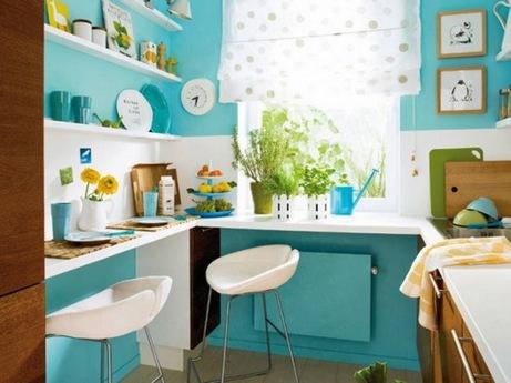 столик-подоконник на кухне