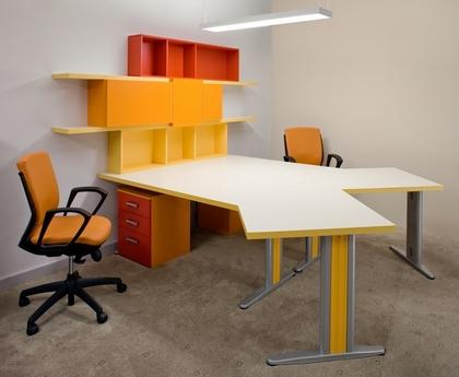 офисный стол для двоих человек
