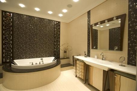 сочетание коричневого с бежевым в ванной
