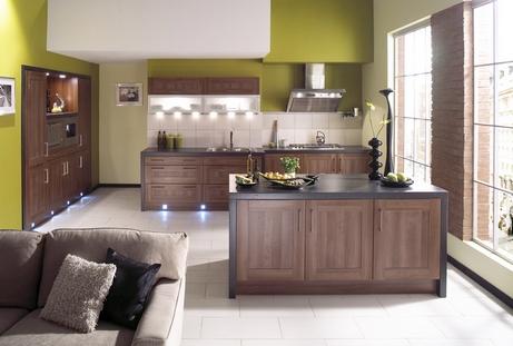 коричневый и зеленый на кухне