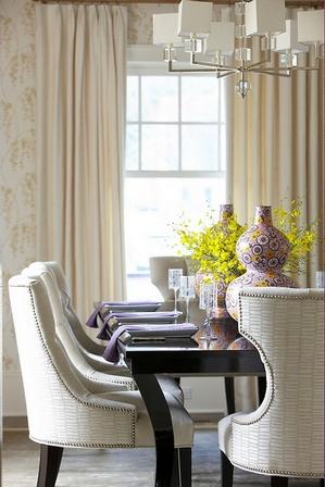 вазы для украшения обеденного стола