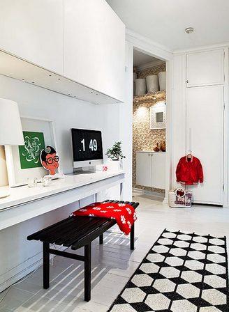 мини кабинет в коридоре