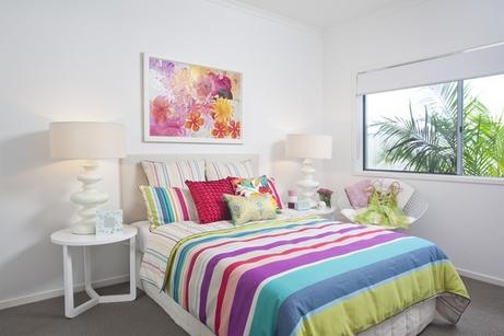 спальня белая и яркая