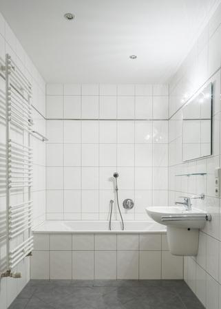 Белая ванная комната дизайн Кнопка смыва Creavit Ufo GP1001.00 белая