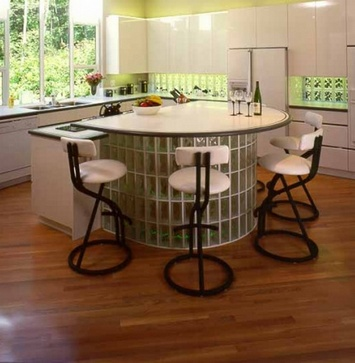 кухонный остров из стеклоблоков