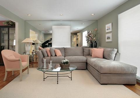 диванные подушки в интерьере фото