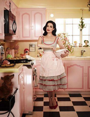 розовая кухня в стиле ретро