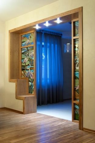 дверной проем в стиле модерн