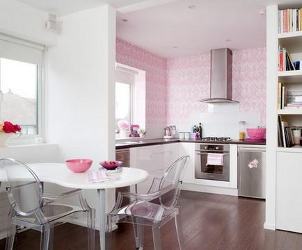 розовые стены в кухне