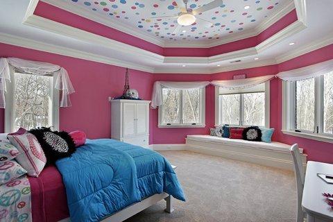 дизайн потолка в комнате девочки