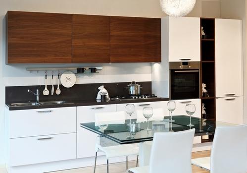 кухня темный верх белый низ