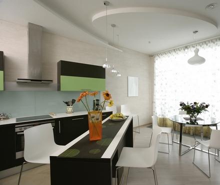 кухня черного и зеленого цвета
