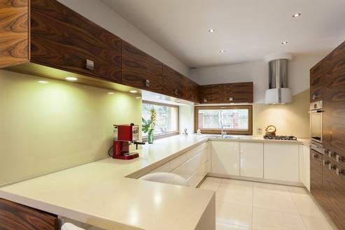 кухня белый низ - темный верх