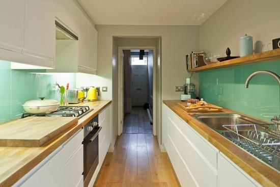 узкая кухня: дизайн