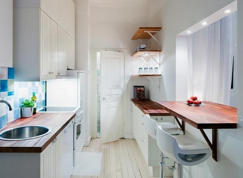 стол на узкой кухне