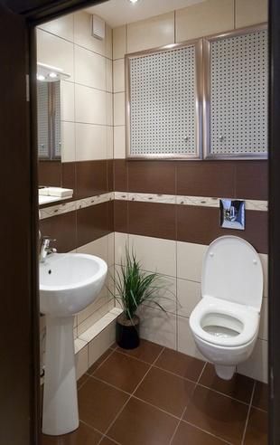 коричневая плитка в туалете