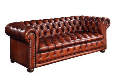 классический диван честерфилд