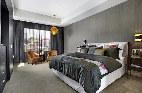 черные занавески в спальне