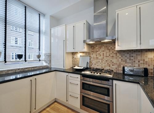 симметричная планировка кухни