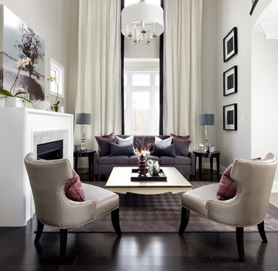 какие кресла подойдут к серому дивану