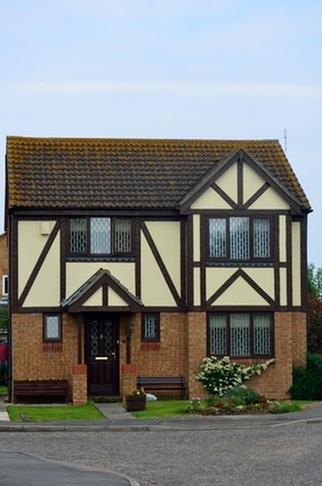 английский дом в тюдоровском стиле