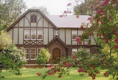 дома в стиле тюдор