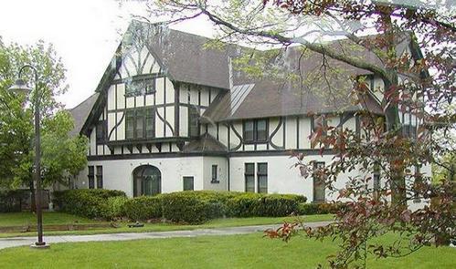 дом в стиле тюдор