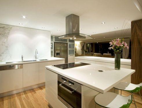 куда поместить духовку на кухне