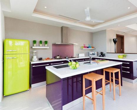 холодильник лимонного цвета